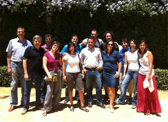 Foto de grupo de miembros del Curso Redes Sociales de Pablo Olavide